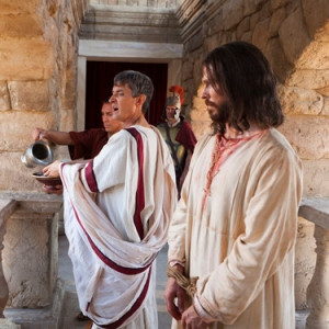 Pontius Pilate talks to the Jews assembled about the possibility of releasing Jesus Christ.