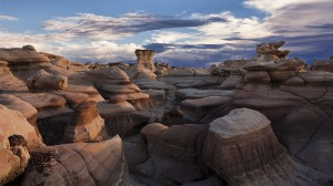 bisti-wilderness-area-hd-wallpaper
